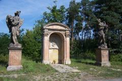 Svaty-Vaclav-cyklostezka-Karany
